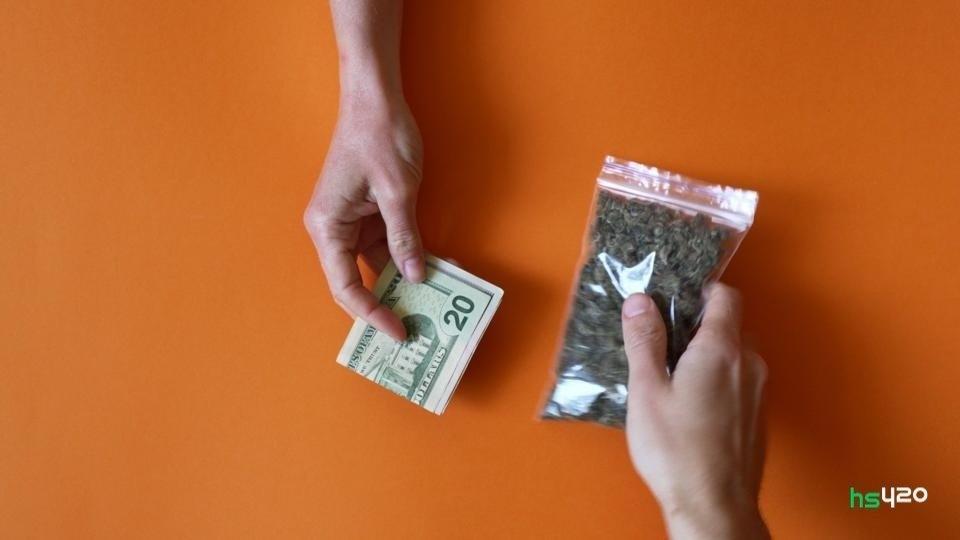 cannabis-resale (1).jpg