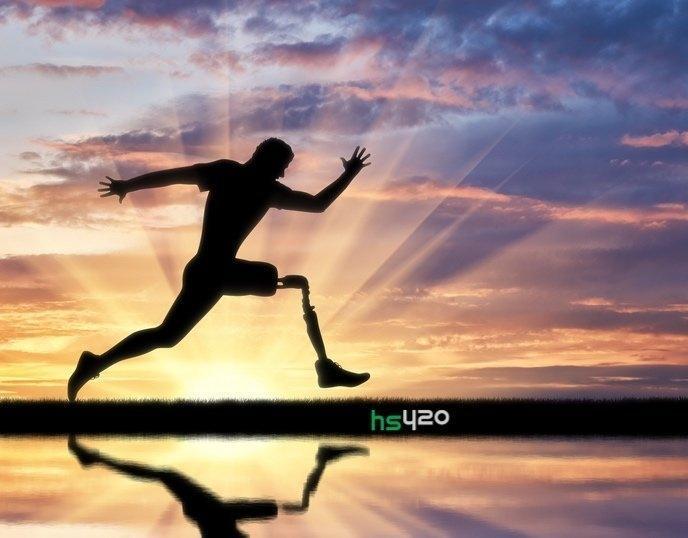 cannabis-prosthetic-marathon-2.jpg